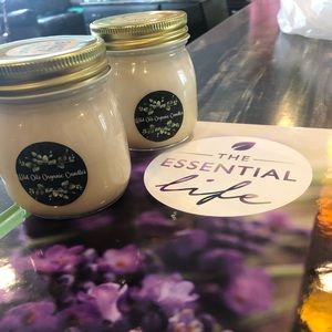 Wild oils organic soy candle (essential oil)